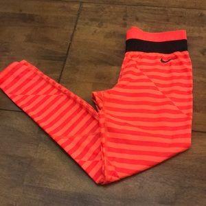Ladies Nike Pro